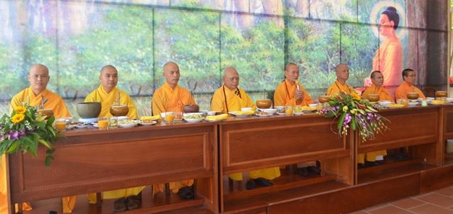 Học viện Phật giáo Việt Nam tại Huế tạ pháp an cư năm Mậu Tuất