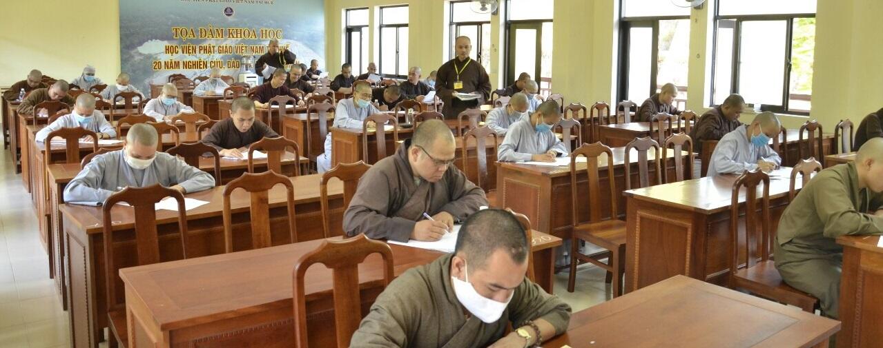 Học viện PGVN tại Huế tổ chức thi tuyển sinh Cử nhân Phật học khóa XI - đợt 2