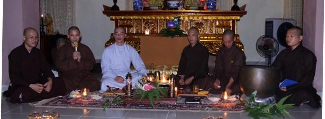 """Đêm Thiền trà, chia sẻ Phật pháp với chủ đề """"Lý tưởng người xuất gia"""""""