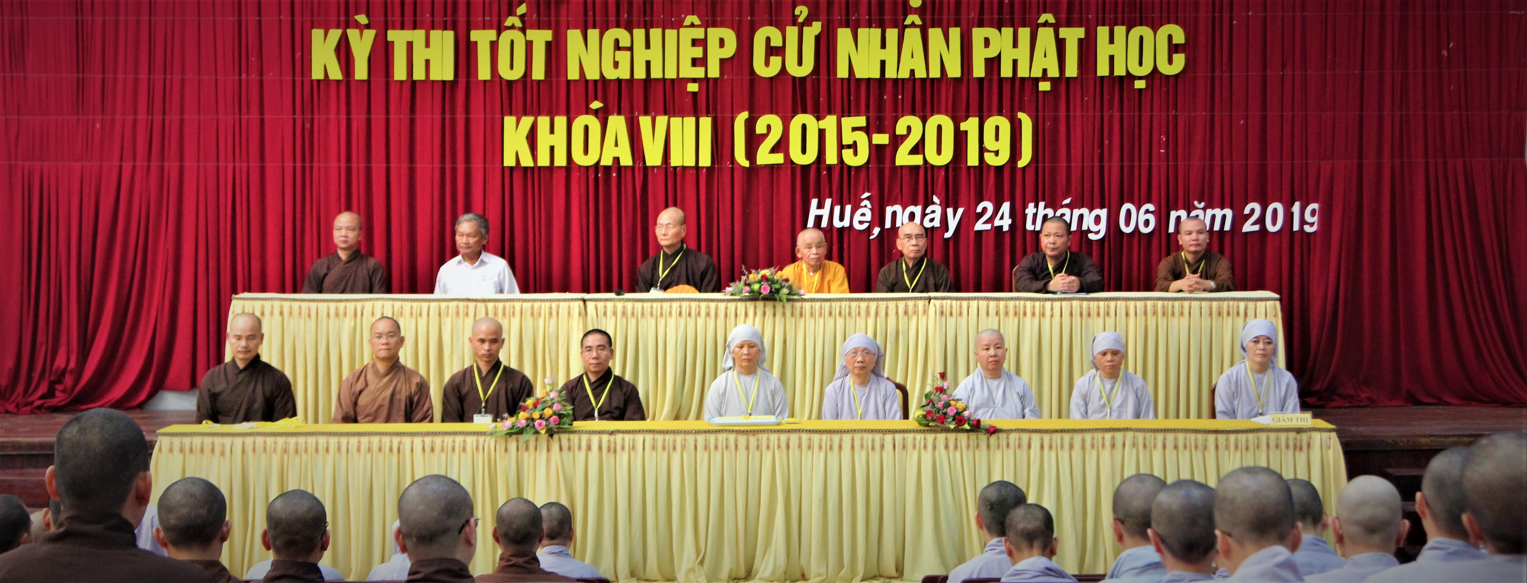 Khai mạc kỳ thi Tốt nghiệp Cử nhân Phật học khóa VIII